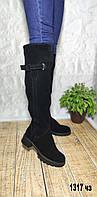 Зимние замшевые ботфорты на небольшом каблуке