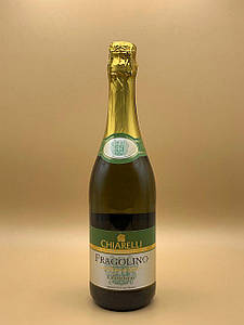 Игристое вино Chiarelli Fragolino Bianco 0.75L Чиарелли Фраголино Бьянко 0.75л