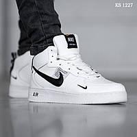Мужские зимние кроссовки на меху Nike Air Force 1 LV8 High, кожа, полиуретан, белые с черным.