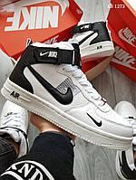 Мужские зимние кроссовки на меху Nike Air Force 1 07 Mid LV8, кожа, полиуретан, белые с черным.