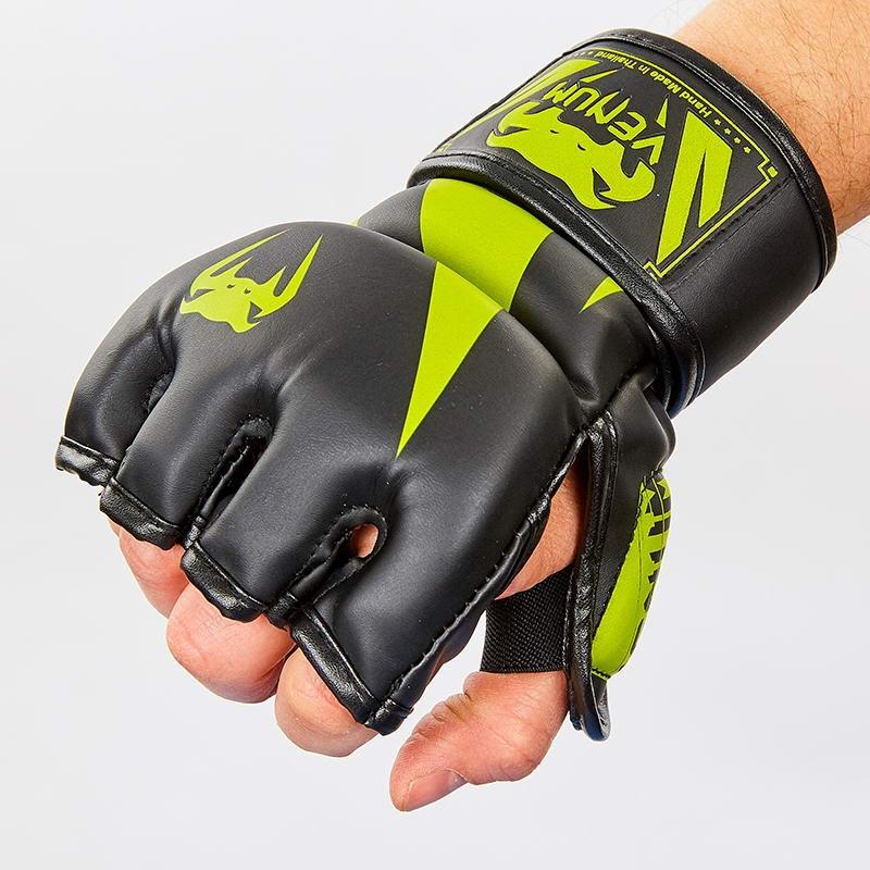 Перчатки для смешанных единоборств MMA PU VENUM BO-8355-BKG (р-р M-XL, черный-салатовый) (XL)