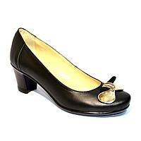 Женские кожаные туфли на невысоком каблуке, декорированы бантиком, фото 1