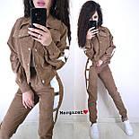Вельветовий жіночий брючний костюм з жакетом і лампасами vN5338, фото 5