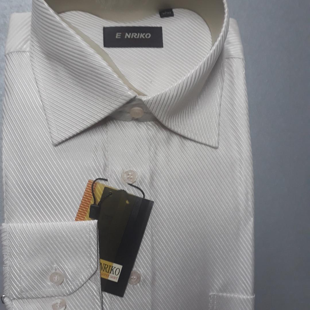 Нарядная светло бежевая мужская рубашка ENRIKO (размер L 41-42)