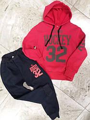 Дитячий спортивний костюм на баечке на хлопчика , дівчинку червоний Hockey , розмір 122-128