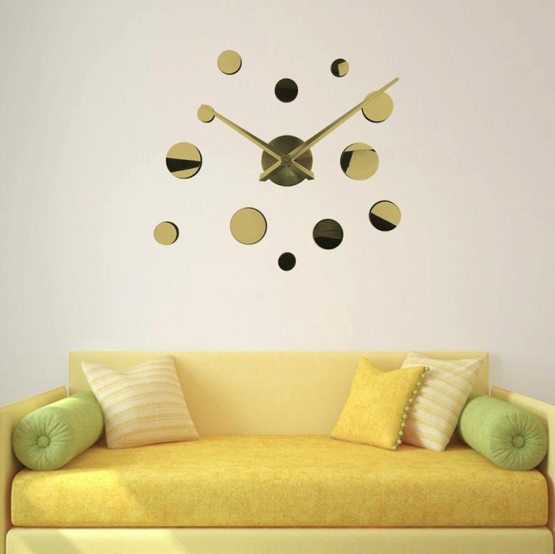 Зеркальные настенные часы Round Gold