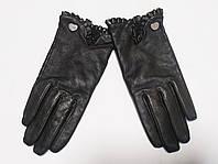 Перчатки женские демисезонные кожаные черные Suzy Smith (размер S)