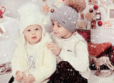 Зимние шапки и комплекты с натуральным мехом