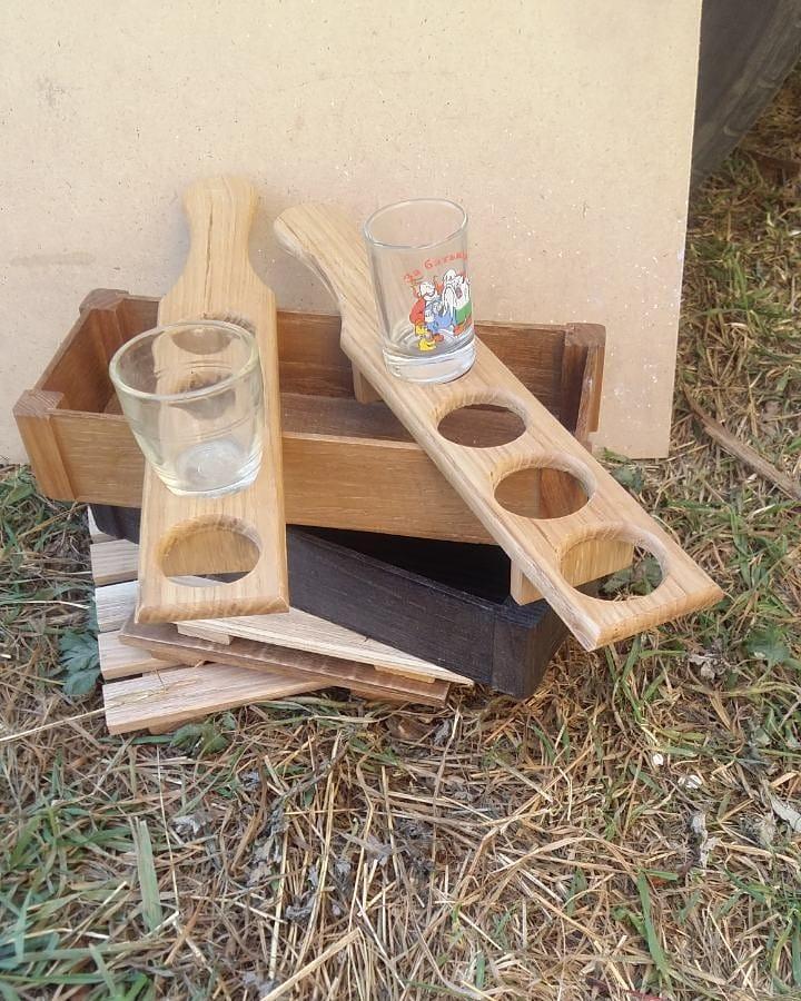 Підставка для чарок на 4 отвори з дерева