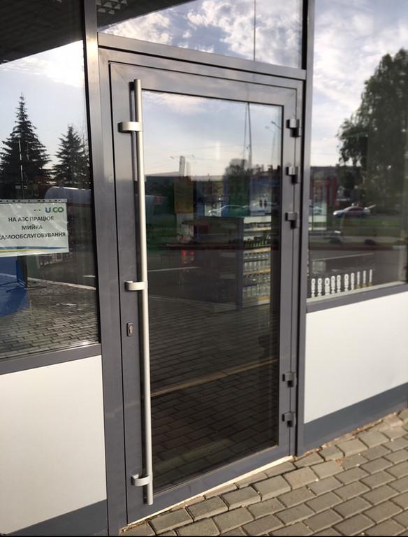 Дверь тёплая Hoffmann