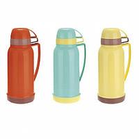 Термос 1800мл со стеклянной колбой и 2 пластиковыми чашками (красный,жёлтый,голубой) Kamille 2075
