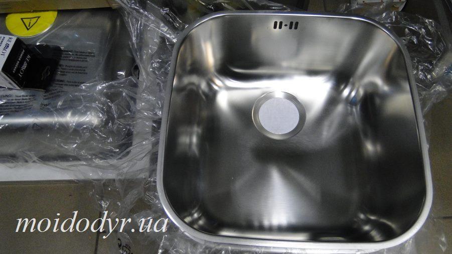Мойка кухонная PYRAMIS Iris 40х40x20 из нержавеющей стали под столешницу