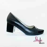 Жіночі туфлі на невисокому каблуці кирпичике, фото 1