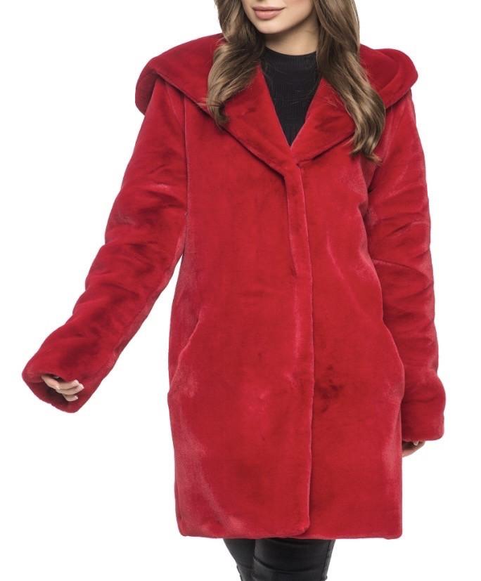 Красная искусственная шуба с капюшоном