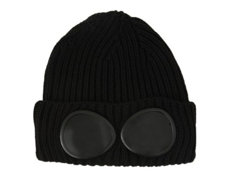 Зимняя шапка чёрная с линзами CP Company в стиле унисекс мужская женская