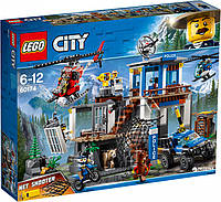Конструктор LEGO City Штаб-квартира горной полиции 663 детали (60174)