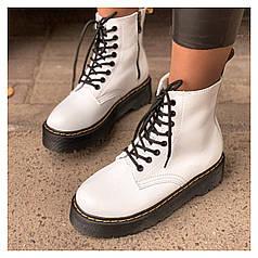 Женские демисезонные ботинки Dr. Martens Jadon
