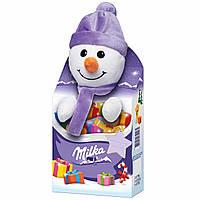 Новогодний подарок ребенку Milka Plüschtier Magic Mix Schneemann (мягкая игрушка со сладостями), 133 гр.