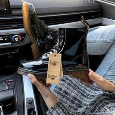 Женские демисезонные ботинки Dr. Martens