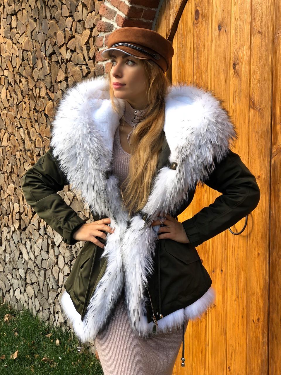 Хаки куртка парка с натуральным мехом белой арктической лисы на капюшоне