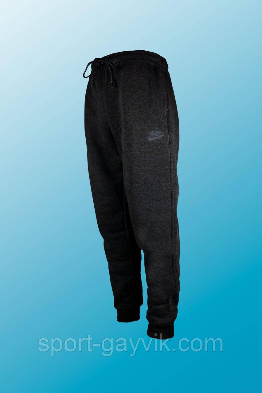 Спортивные брюки зимние Nike