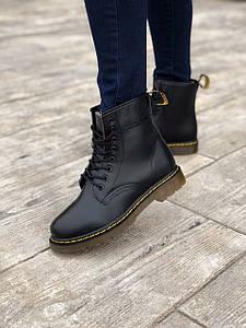 Кожаные зимние женские ботинки Dr. Martens