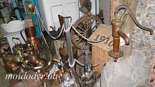 Кухонні мийки, умивальники, вироби з міді, чавуну і латуні. Настінні садові фонтани. Раритет