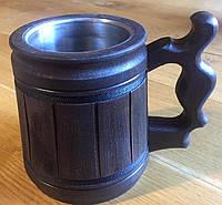 Деревянный бокал с металлической вставкой.