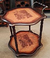 Столик-бар деревянный фигурный