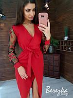 Платье - футляр с поясом и рукавами из сетки с кружевом 66PL401Q