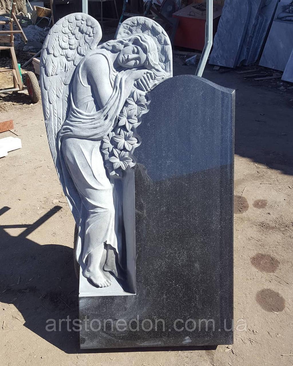 Памятники в форме ангела. Памятник Ангел №14