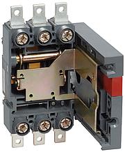 Панель ПМ2/В-40 выдвижная с задним присоединением к вертикальным шинам для установки ВА88-40