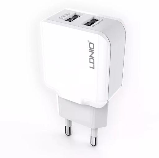 Автомобильная USB зарядка LDNIO A2202 2.4A