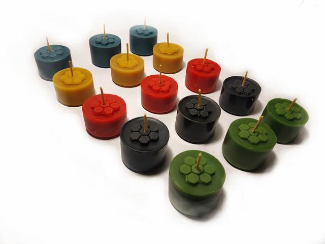 Кольорові чайні свічки з бджолиного воску Tea Lights Candles без гільзи апимаг апімаг apimag