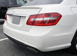 Спойлер (липспойлер) Mercedes W212 стекловолокно