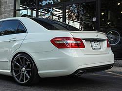 Спойлер (липспойлер) Mercedes W212 тонкий (PUR)