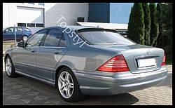 Бленда (козирок) Mercedes W220 на заднє скло