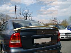 Спойлер на ніжках Opel Astra G седан/купе
