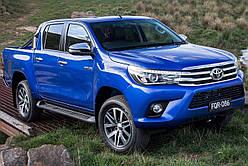 Пороги (бічні підніжки) Toyota Hilux