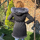 Темно серая куртка парка с натуральным мехом лисы чернобурки на капюшоне, фото 2