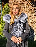 Темно серая куртка парка с натуральным мехом лисы чернобурки на капюшоне, фото 6