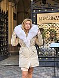 Розовая куртка парка с натуральным мехом песца на капюшоне, фото 10