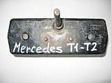 Задний фонарь оригинальный (2SE001680291) левый б/у на Mercedes-Benz T1 и T2 год 1972-1995, фото 2
