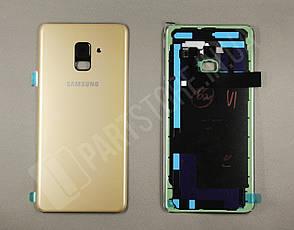 Cервисная оригинальная задняя Крышка Samsung A730 Gold A8 Plus 2018 (GH82-15629C), фото 2