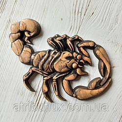 Барельеф из дерева. Скорпион