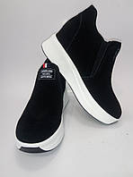 Женские замшевые кроссовки на платформе ТМ Lonza, фото 1