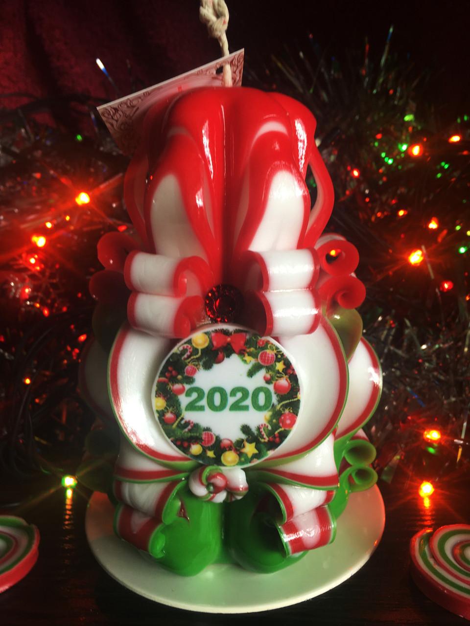 Свеча 2020 новогодняя, ручной работы, красиво горит и украшает интерьер
