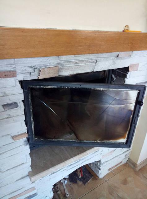 Ремонт дверки камина - замена стеклокерамики -1