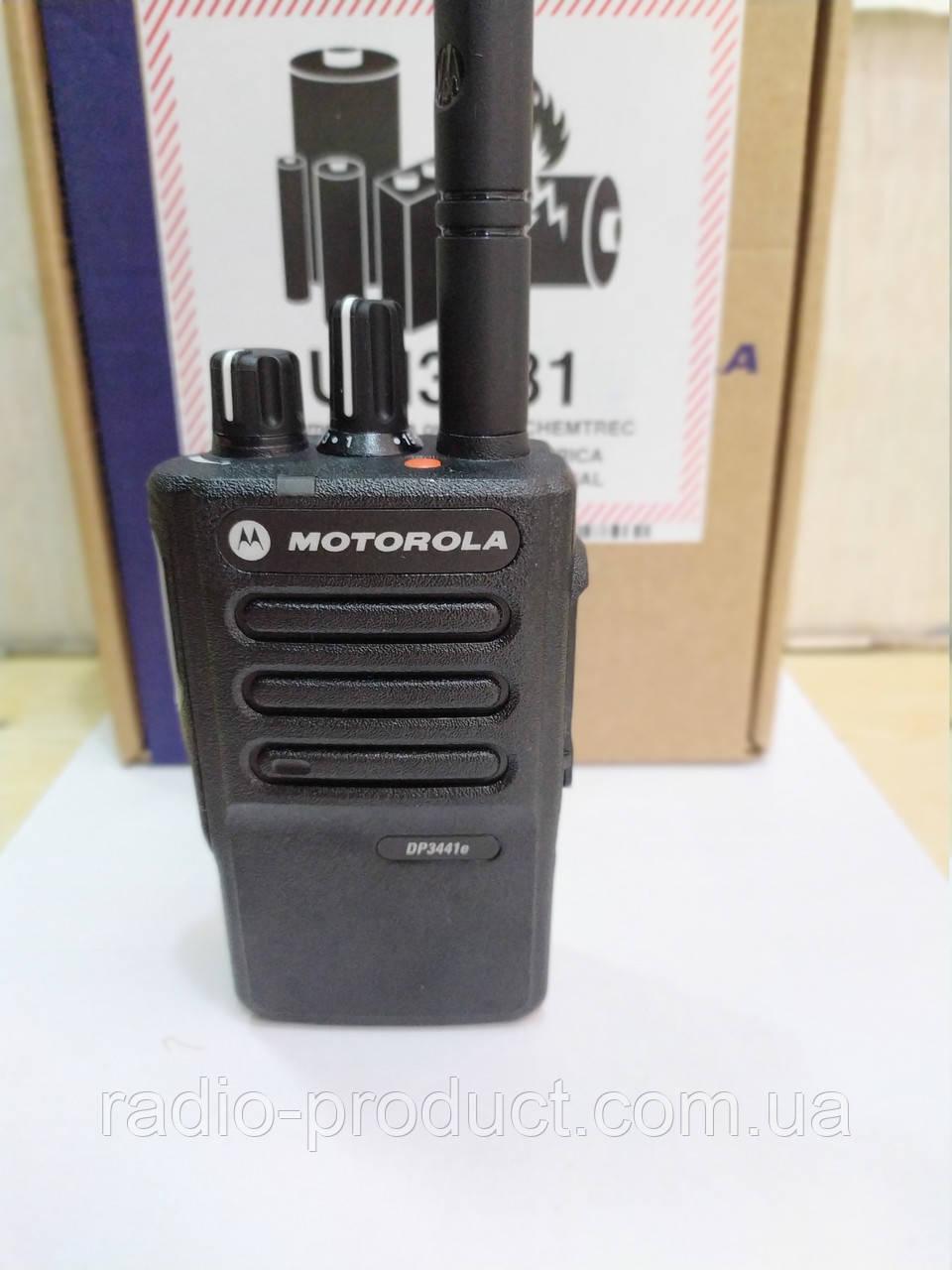 Motorola DP3441E, аналогово-цифровая (DMR) радиостанция UHF диапазона