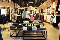 Торговое оборудование для магазина одежды на заказ